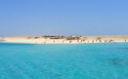 banc-de-sable-a-hurghada-en-egypte-snorkeling-plongee-baignade-305306